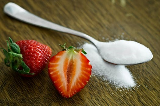 Strawberry with a spoonful of sugar